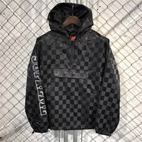 Wholesale 2017 street Thin section SUPREM Jacket Hip Hop Suit CHECKERED NYLON HOODED PULLOVER Jacket Men Coat fashion men Casual jacekts