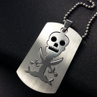 Trendy Dog Tag Colar pingente de crânio gravado Moda Stainless Steel Pirates Logo Jewelry Free 50cm Ball Chain