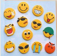 магниты улыбки оптовых-Экологичный рождественские подарки Мультфильм Emoji магниты на холодильник Симпатичные усмешки доски Магнит моды Примечание Держатель Сообщение наклейками