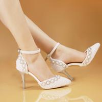 beyaz çizgili akşamlık ayakkabısı toptan satış-Sivri Toes Beyaz Inci Düğün Ayakkabı Sandalet 2017 Yeni 8 CM Rhinestone Gelin Elbise Ayakkabı Femal Akşam Parti Ayakkabı Kadınlar Pompaları Yüksek Topuklu