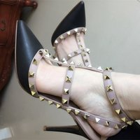 Wholesale High Heel Apricot - 2017 wholesaler The European station's new v rivet spiked heels patent leather women lady high heel shoe sandals 310
