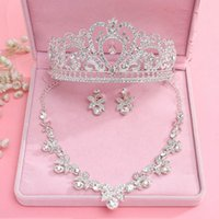 Wholesale Trendy Suits - 2017 Shiny Bride Crown Three-piece Necklace Earrings Bling Bling Diamond Headband Hair Ornaments Suit Wedding Accessories Bridal Jewelr