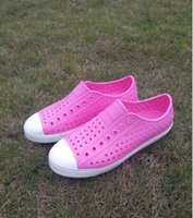 zapatos del color neutral al por mayor-12 colores de las mujeres zapatos de las sandalias nativas de jefferson 2017 amantes de la moda agujero zapato marca plana ocasional zapatos de verano nativos tamaño 35-44