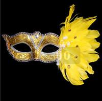 fiesta de cumpleaños de disfraces suministros al por mayor-Masquerade Feather Masks Christmas Colored Fiesta de cumpleaños de Halloween Máscara de la moda femenina Etapas Espectáculos Suministros