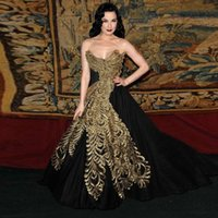 Wholesale Long Sleeves Beaded Night Gown - Black Vintage Ball Gown Sweetherat Evening Gown 2017 Gold Embroidery Women Night Party Dress Turkish Formal Gown Abendkleider