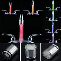 badezimmer dusche beleuchtung großhandel-7 Farben ändern LED-Wasser-Dusche-Kopf-Licht RGB-temperaturgesteuerter Glühen-LED-Hahn mit Adapter für die meisten Hahn-Küche-Badezimmer-Hahn