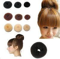 Hot Selling Hair Rubber Bands Cabelo Volumizing Scrunchie Donut Ring Style Bun Scrunchy Sock Poof Bump It Snooki 500lot Frete grátis