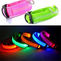 LED Nylon Pet Cão Collar Night Segurança LED Light Flashing Glow no Dark Small Dog Pet Leash Cachorro Collar de segurança piscando