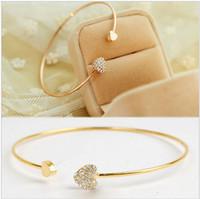 liebe herz kristall armband armreif großhandel-Großhandels-Großverkauf Neues Herzkristall-Liebesöffnungsgold überzog Armbandkristallarmbandarmbänder für Frauen