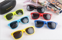 Wholesale Squared Cheap Sunglass - Unisex Sunglass Most Cheap Modern Beach Sunglass Plastic Classic Style Sunglasses Many colors to choose Sun Glasses YYA122