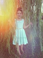 robe de filles de fleur vert menthe achat en gros de-Jolies menthe vert satin robes de fille de fleur pour mariage filles robe de fête d'anniversaire au genou courtes filles soirée robe de bal