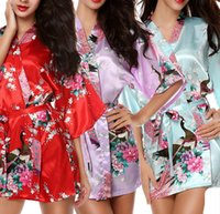 Wholesale Traditional Kimono Robe Women - Hot Sale Silk Satin Wedding Bride Bridesmaid Robe Short Kimono Night Robe Floral Bathrobe Fashion Dressing Gown For Women H02
