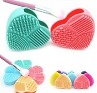 Wholesale Glove Scrubber - Fashion Brush Egg Cleaning Heart Shape Makeup Washing Brush Pad Silicone Glove Scrubber Cosmetic Foundation Powder Clean Tools