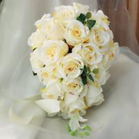 gelin için buket çiçekleri toptan satış-Fildişi Gül Yapay Gelin Basamaklı Buket Gelin Çiçekler Düğün Buket İpek Kurdele Yeni Buque De Noiva