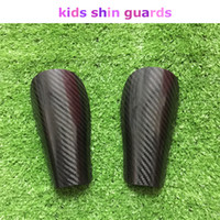 Wholesale KJ Kids Soccer Shin Pad Protect Calf Child Football Shin Guards Carabon Fiber Material