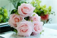ingrosso rose di fiori di nozze artificiali di seta-Simulazione di fiori artificiali Panno di seta Fiori di plastica falsi Decorazione domestica Atmosfera Forniture Flower Leaf Wedding Party Bouquet di rose