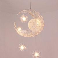 dormitorio colgante luz niños al por mayor-Moderno LED estrella de la luna Niños Niños Niño Dormitorio colgante Lámpara Luz de techo Luz de aluminio colgante con 5pcs G4 Bulbos
