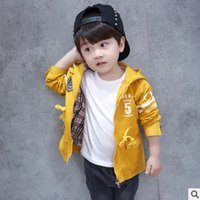 Wholesale Dust Coat Baby - Baby boys outwear fashion 2017 new kids spring autumn jacket children kids stars letter printed hooded leisure Dust coat T3631