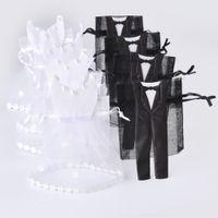 bride bag achat en gros de-Vente en gros- 50 Ensembles Organza Cordon De Sucrerie Sac 25 * Tuxedo 25 * Robe Mariée Marié Faveurs De Mariage Parti Cadeau Sac WB06