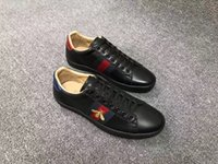 Wholesale real photos spring new classic fashion top quality men print casual leather shoes