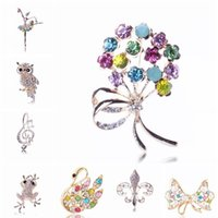 Wholesale 16 Styles animal brooches and pins bouquet jewelry Fashion Rhinestone crystal animal owl Turtle swal flower Brooches Pins