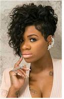 ingrosso parrucche bionde in vendita-Parrucca riccia di vendita calda Stili di capelli ricci corti Parrucche di capelli sintetica bionda Donne Parrucca di afro crespo Parrucche riccia corte per donne nere