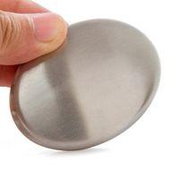 ingrosso odore di bar della cucina-La forma ovale del sapone dell'acciaio inossidabile deodorizza l'odore dalle mani La magia al minuto che elimina l'odore del sapone da bagno della barra della cucina di odore con le scatole al minuto