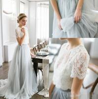 korse etek gelin elbiseleri toptan satış-Ucuz Ülke Stil Bohemian Gelinlik Modelleri Üst Dantel Kısa Kollu Illusion Korse Tül Etek Hizmetçi Onur Düğün Konuk Parti törenlerinde