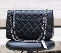Fashion Large Classial 30CM Jumbo Quilted Chain Nero Vera pelle di agnello Doppia patta Flap Fashion Borse a tracolla Argento Hardware