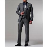 costume homme gris foncé achat en gros de-nouveau design fait sur mesure gris foncé Costume de marié marié Tuxedos Costumes de mariage (costume + pantalon + veste + cravate).
