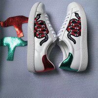 Wholesale color printing leather resale online - New Designer sneakers men Womens flat casual shoes Fashion White Genuine Leather Luxury Flower Embroidered Flat sports shoes color
