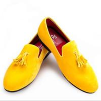 Wholesale Velvet Black Loafers - Piergitar New men velvet shoe with velvet tassel Party and Wedding men dress shoes British style men loafers fashion men's flats