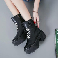 Wholesale Roman Style Boots - HOT! Lace-up boots 2017 NEW style black genuine leather platform laced thick heel short boots luxury designer runway fashion brand