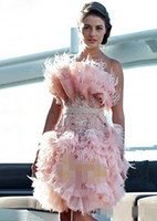 2019 Feather Pink Knee Length Cocktail Dresses Strapless Crystal Custom Made Prom Party Gowns