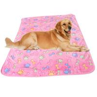 grandes couvertures de chien achat en gros de-Super doux couverture pour lit de chien de compagnie petit chiot couverture pour grand chien serviette patte impression polaire hiver chaud pour animaux de compagnie chat produits