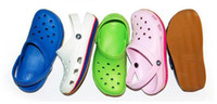 Wholesale Females Soles - 2017 Hole hole shoes female lovers beach summer goosegrass bottom anti-slip flat sandals with thick soles breathable students