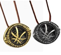collares extraños al por mayor-Nueva Moda Cosplay Doctor Strange Necklaces Halloween Costume Alloy Necklaces cc814