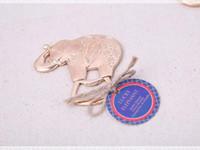 ingrosso decorazioni di nozze di elefante-Cartoon Gold Plated Lucky Elephant Apribottiglie Party Reception Decorazione Souvenir Regali Bomboniere Spedizione gratuita
