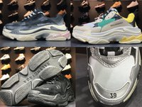 Running Sneakers Wholesale 2018 New Mens Women Suela combinada hecha de viejos zapatos deportivos Tripe-S 17FW outsole color retro