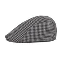 All ingrosso-Inverno Marca Hot Beret Mens cappello Baker Boy con visiera  NewsBoy berretti paese all aperto cappello da golf berretto piatto per gli  uomini ... 888308d9650b