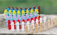 zaunbarriere großhandel-Mini Zaun Kleine Barriere Holz Harz Miniatur Fee Garten Dekorationen Miniatur Zäune für Gärten Kleine Barrieren Heißer Verkauf