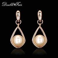 2015 New Unique Chic Pérola romântica Beads Party Drop Earrings 18K Gold Plated Fashion Brand Water Drop Jóias para mulheres DFE424