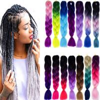 kanekalon dos tonos al por mayor-Extensiones sintéticas del pelo del trenzado de Ombre Kanekalon Crochet Trenzado Twist 100g 24 pulgadas Trenzado barato del pelo de dos tonos para mujeres negras 62 colores