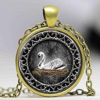 ingrosso cabochon bianco-White Swan Emma Swan C'era una volta una collana di gioielli in cristallo ispirata a Cabochon