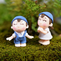 Wholesale Statues For Home - 1Pair boy and girls statue fairy garden miniatures gnome moss terrarium home decor resin crafts bonsai for dollhouse DIY accessories