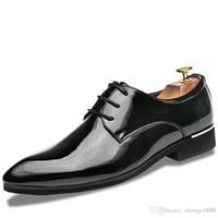 мужская кожаная кожаная обувь оптовых-Классические Мужские Платья Плоские Туфли Роскошные Мужские Бизнес Оксфорды Повседневная Обувь Черный / Красный / Зеленый Кожаные Ботинки