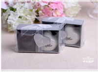 Wholesale Shaker Favors - Free Shipping!100pcs lot(100pcs=50pairs)Mr.&Mrs. Heart Ceramic Salt &Pepper Shakers Wedding Favors Bride and Groom Salt and Pepper Shaker