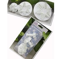 New 3Pcs / Set Snowflake Fondant Cake decorating tools Cupcake Kitchen fondant Accessori per cucina Cake mold Stand