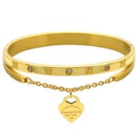 ingrosso i tag gioielli di marca-Caldo marchio di gioielli Pulseira acciaio inossidabile H braccialetto Bangle colore oro cuore amore Tag amore gioielli braccialetto per le donne regalo