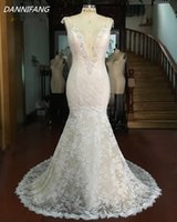 Loverxu Vestido De Noiva Sexy Deep V Neck Lace Mermaid Wedding Dresses 2017 Appliques Вышитый бисером Backless China Bride Gown Plus Размер